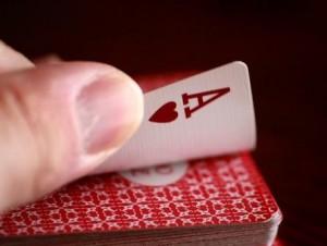 Būrimas žaidimo kortomis – kaip stipriai mane myli